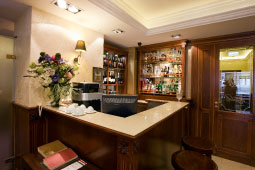 restaurant_budapest_drinkbar_cocktailbar_255x170